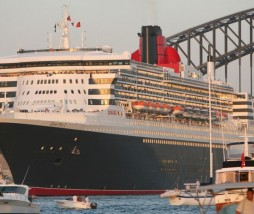 queen_mary2_3