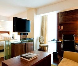 Grand_Deluxe_Room_I_1