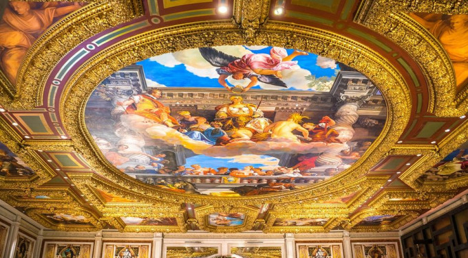 ceiling-painting-561770_1280